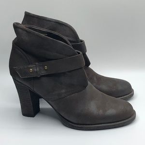 Crown Vintage Brown High Heeled Booties Sz 9.5